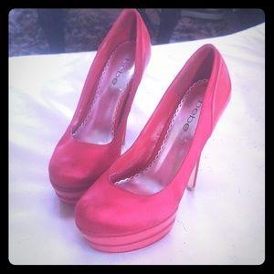 Satin & Patent Leather Guess Platform Heels